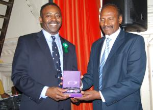 Paul Chelliah receives Award for Services to the Community